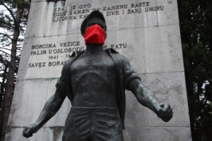 Igor Grubić 366 Liberation Rituals, 2008-2009 Serie di azioni nello spazio pubblico