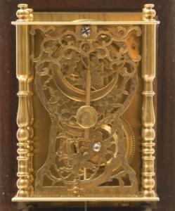 Particolare Orologio a cassetta da parete  Giappone, prima metà XIX secolo, cassa in legno, movimento in ottone  Ore e suoneria di ore e di mezze, secondo il computo temporale locale, h. mm 660